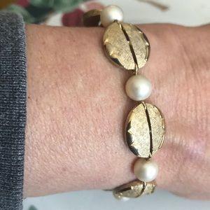 Trifari faux pearl brushed gold plate bracelet EUC